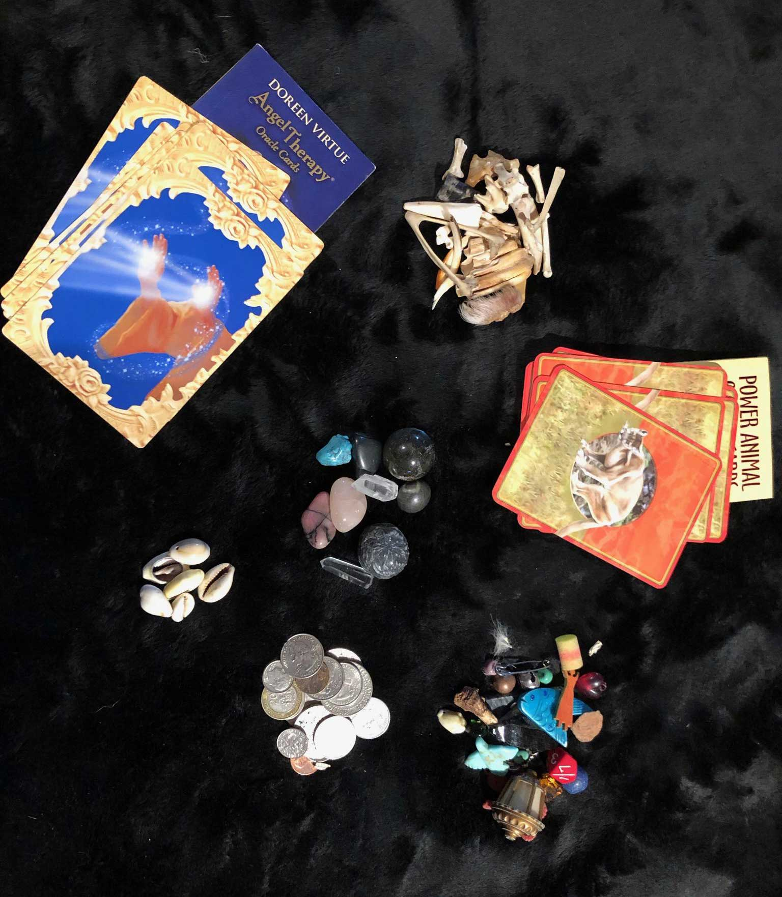Intro to Building Your Intuition Using Animal Medicine, Cards & Trinkets