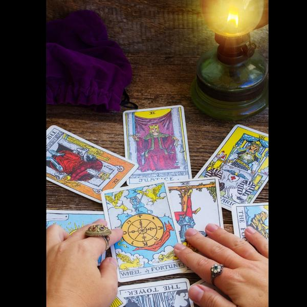 Intuitive Tarot: Think Outside the Box - Intro or Full Series